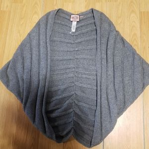 Size M/L Juicy Couture Wool/Cashmere Shrug